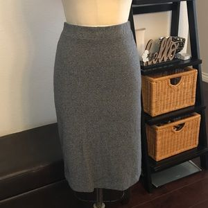 "H&M pencil skirt 25"" long"